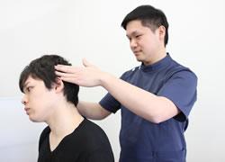 松山市・砥部町すこやか整骨院松山砥部院:頭痛・自律神経症状の施術写真