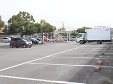松山市・砥部町すこやか整骨院の駐車場